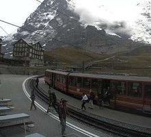Kleine Scheidegg Railway Station webcam